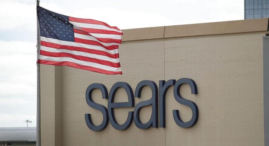 Den amerikanske kæde af stormagasiner, Sears, er i alvorlige økonomiske problemer.