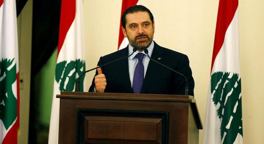 Libanons premierminister, Saad al-Hariri, trækker sig, et år efter at han dannede regering. Det oplyser han i en tale på tv, skriver nyhedsbureauet Reuters.