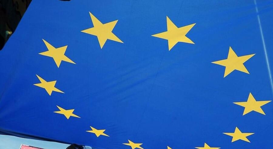 Arkivfoto. Danskerne slutter i højere grad op om EU. For mens briterne er i gang med en skilsmisse fra EU, mener et flertal af danskerne, at det eurpæiske samarbejde gavner Danmmark. AFP PHOTO/FREDERICK FLORIN