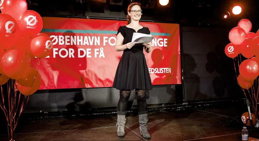 Spidskandidaten Ninna Hedeager (Ø) holder tale i forbindelse med at Enhedslisten København holder valgfest på valgdagen under Kommunalvalget 2017 på Søpavillonen i København
