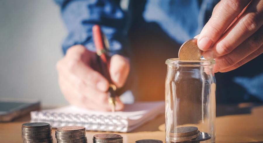 Det er vigtigt i god tid at se på, hvordan man sparer op til pensionen. Få her nogle gåde råd til at sikre det. Foto: Iris