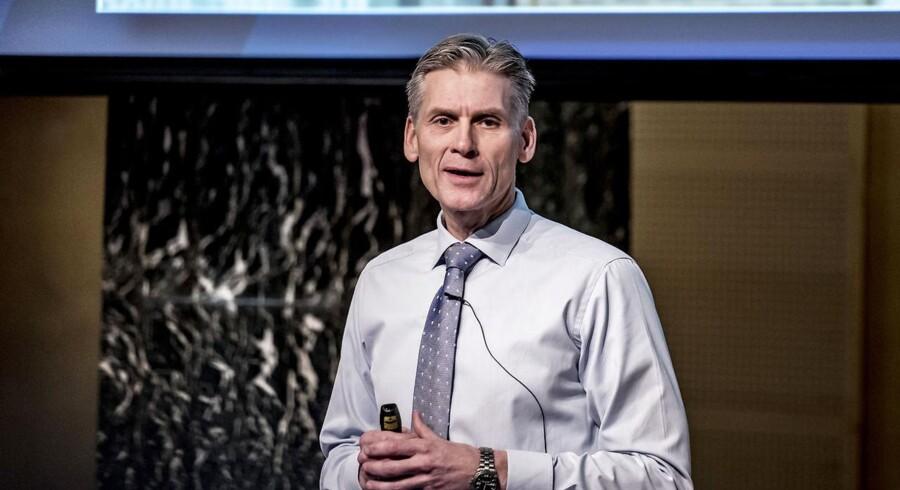 (ARKIV) Thomas F. Borgen, direktør i Danske Bank præsenterer bankens årsregnskab på et pressemøde i København fredag den 2. februar 2018. Nye dokumenter viser, at Danske Banks estiske afdeling blandt sine kunder havde et firma, der handlede våben. Det skriver Ritzau, mandag den 25. juni 2018.. (Foto: Mads Claus Rasmussen/Ritzau Scanpix)