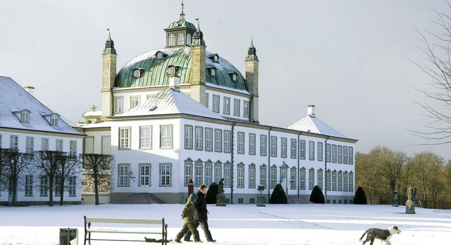 Fredensborg Slot ved Esrum Sø i Nordsjælland indgår fra foråret 2018 som en del af Danmarks femte nationalpark - Nationalpark Kongernes Nordsjælland. Arkivfoto.