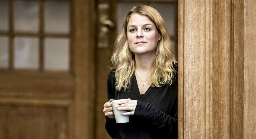 Johanne Schmidt-Nielsen (EL) under folketingets åbningsdebat i folketingssalen på Christiansborg, torsdag den 5. oktober 2017.(Foto: Mads Claus Rasmussen/Scanpix 2017)