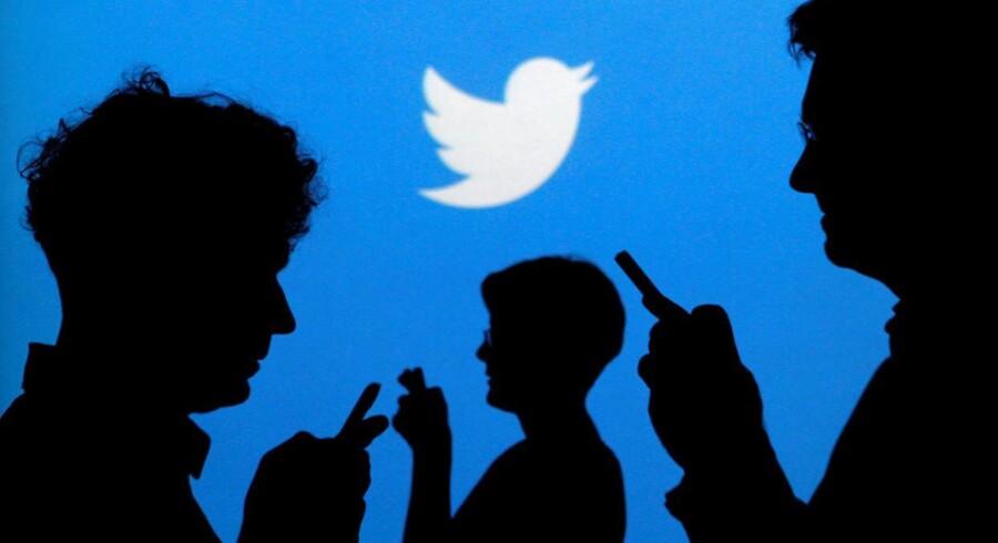 Det sociale medier Twitter får øretæver i det amerikanske eftermarked oven på endnu et regnskab med underskud. Samtidig er selskabet mindre optimistiske om fremtiden end håbet.