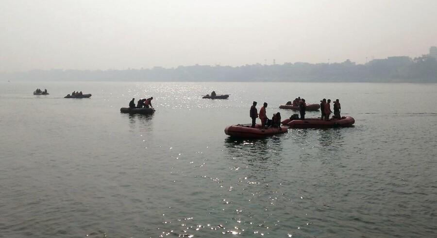 Arkivfoto. Der var op mod 60 mennesker om bord på båd, der havde kapacitet til at medbringe 35 passagerer.