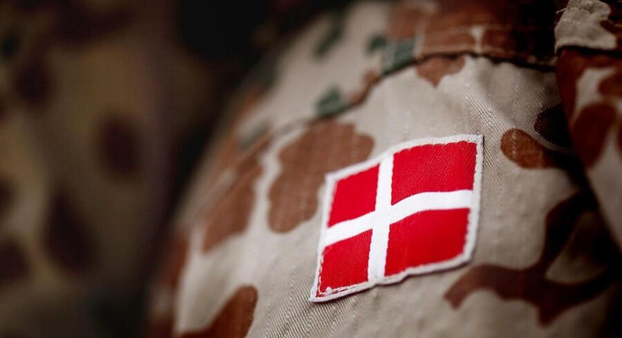Danske soldater må gerne se de billeder, som de irakiske soldater viser dem, slår han fast.