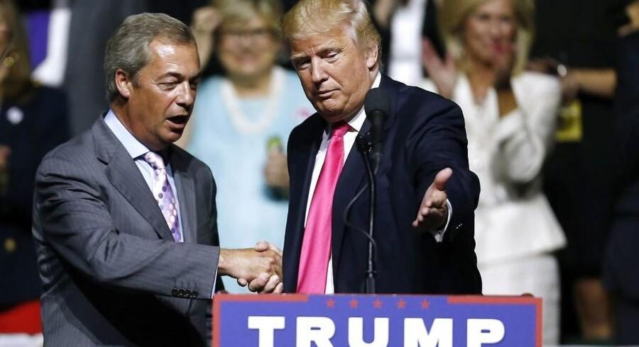 Den republikanske præsidentkandidat havde inviteret Nigel Farage på scenen til et vælgermøde i Mississippi onsdag. Nigel Farage, der er formanden for UKIP (United Kingdom Independence Party), har stået i spidsen for briternes exit fra EU.