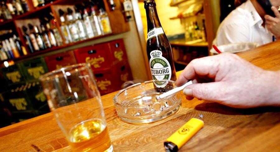 Tidlig død og spiritus afgifter ender med at gøre alkoholforbrug over risikogrænsen til en god forretning for samfundet.