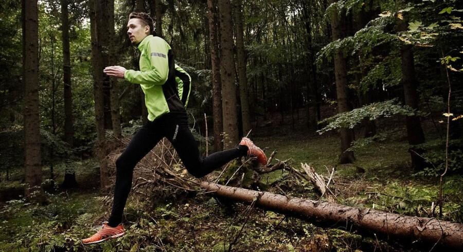 Takket være en stor dosis naturmedikamenter er Marius Ødum så småt begyndt at træne igen efter tre års sygdom. Det er formentligt også under træning på orienteringslandsholdet, at han i første omgang blev smittet med borrelia gennem et flåtbid.