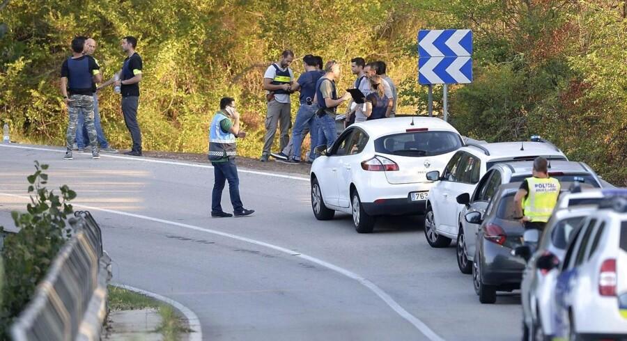 Efter en politiaktion mandag eftermiddag oplyser spansk politi, at alle 12 personer i en formodet ekstremistisk celle knyttet til sidste uges angreb, er enten dræbt eller anholdt. / AFP PHOTO / Josep LAGO