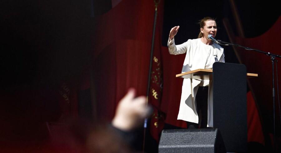 RB plus.De røde kvinder indtog talerstolen 1. maj. 2016 fotograferet i Fælledparken