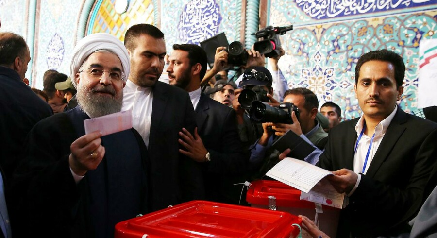 Irans Præsident Hassan Rouhani har sejret igen med 58 procent f stemmerne.. Maj 19, 2017. President.ir/Handout via REUTERS ATTENTION EDITORS - THIS PICTURE WAS PROVIDED BY A THIRD PARTY. FOR EDITORIAL USE ONLY.NO RESALES.NO ARCHIVE.