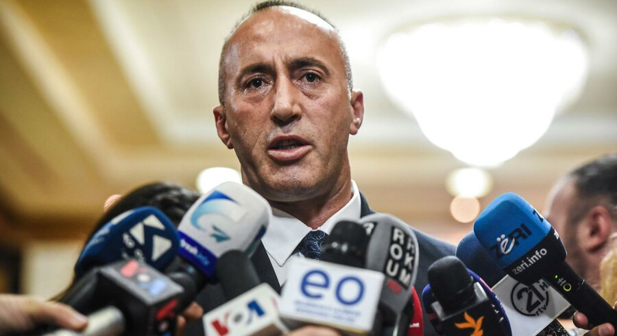 »Hele denne operation med fratagelse af opholdstilladelser, fængsling, lyndeportationer og hemmelig udvisning til Tyrkiet af disse seks tyrkere fra Kosovos territorium blev gennemført uden min viden og tilladelse«, siger premierminister Ramush Haradinaj.