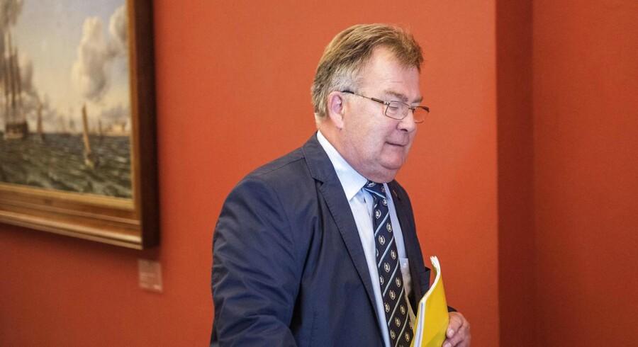 Arkivfoto: Finansminister Claus Hjort Frederiksen (V) skal i disse dage lande både en finanslov for 2017 og en aftale om afskaffelsen af PSO-afgiften. Derudover skal der laves et nyt ejendomsvurderingssystem.