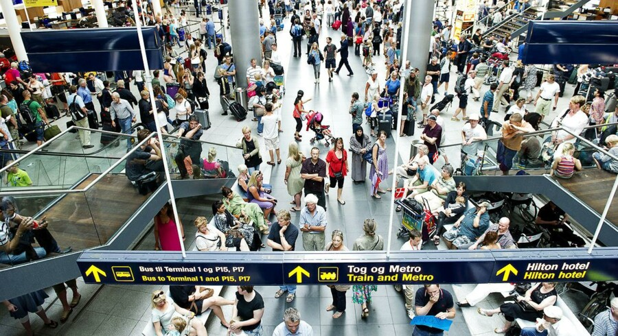 Danmark har tilsluttet sig nye EU-regler om skærpet grænsekontrol, hvilket kan forlænge ventetiden i lufthavnen.