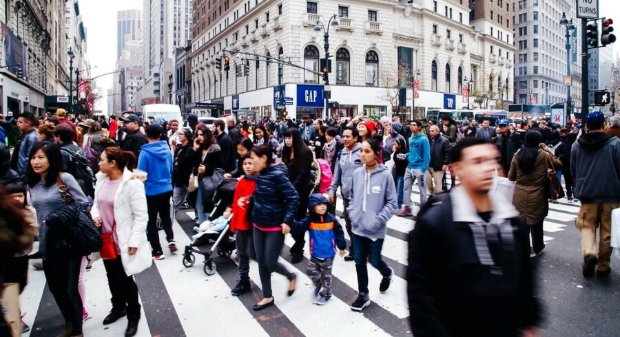 Novo Nordisk jagter markedsandele i USA og giver den fuld skrue med TV-reklamer, som skal få amerikanske diabetikere til at efterspørge det danske selskabs fremtidshåb, Tresiba. Novo bruger årligt omkring 500 mio. kr. på reklamer rettet direkte mod amerikanske forbrugere, fortæller Novos USA-direktør.