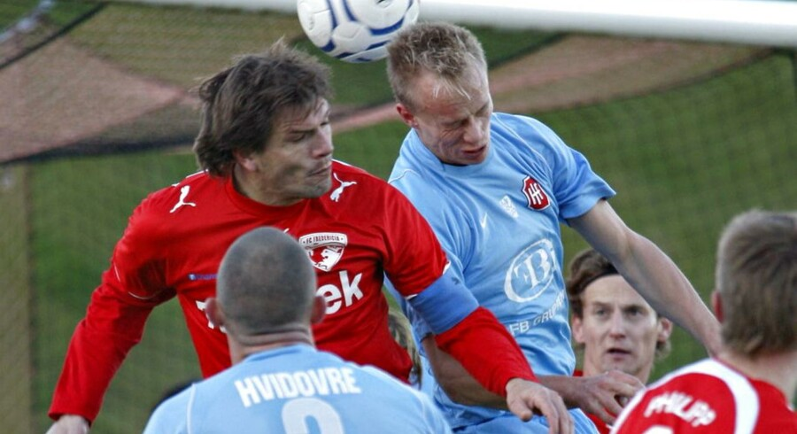 Brian Fakkenor med anførerbindet i en 1. divisionskamp mod Hvidovre tilbage i 2007.