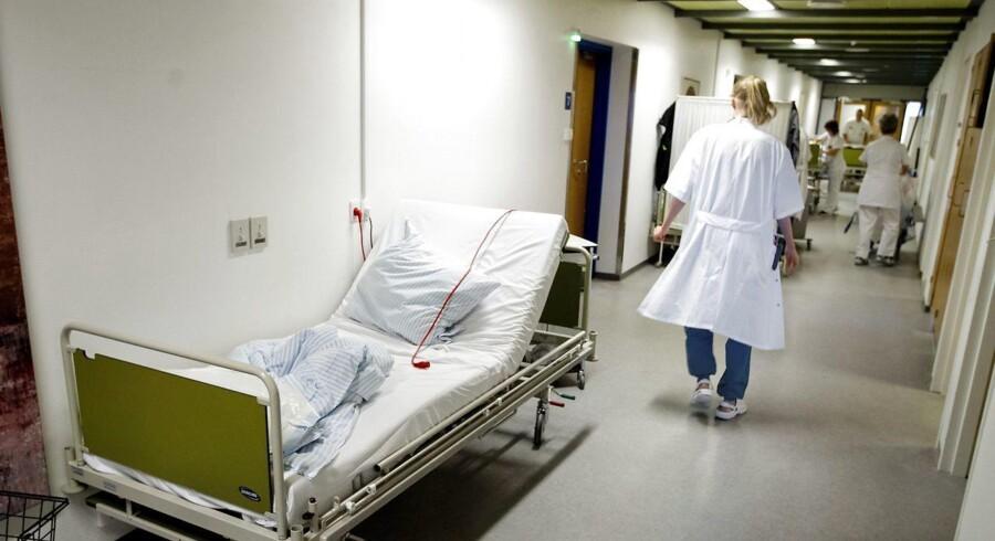 Arkivfoto. Fra 2013 til 2016 levede 29 procent af rengøringskontrollerne på hospitalerne ikke op til retningslinjerne.