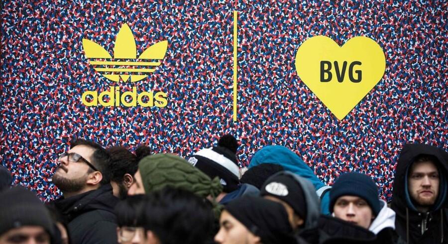 I 2017 øgede Adidas salget til 21,2 milliarder euro - 158 milliarder kroner. Dermed solgte Adidas for næsten 15 procent mere end i 2016.