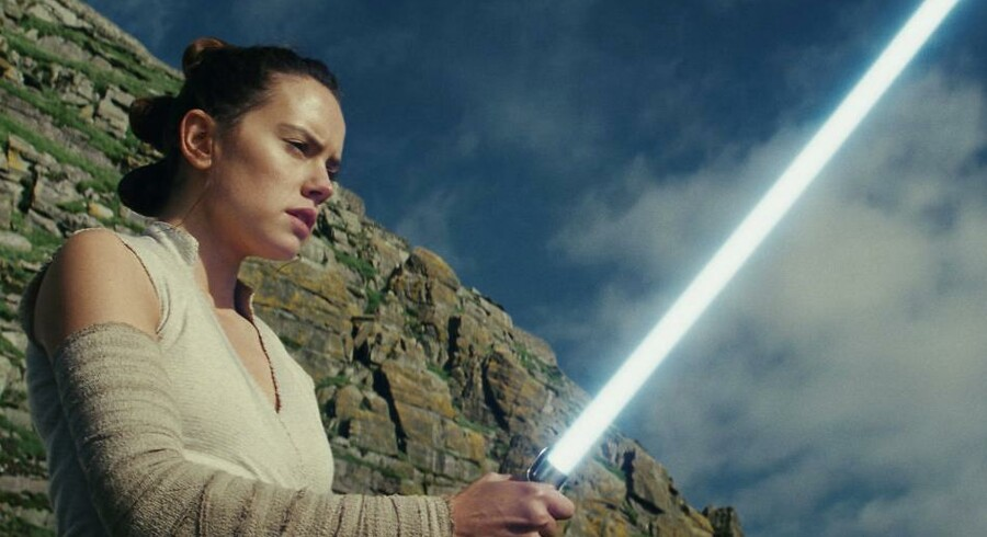 »Star Wars: The Last Jedi« er den mest populære film i Nordamerika i 2017, hvor Daisy Ridley spiller rollen Jedi Rey.