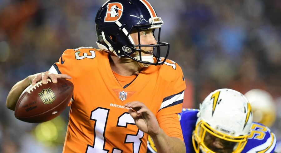 Quarterback Trevor Siemian (13) har svært ved at styre Denver Broncos- angrebet til scoringer for tiden. Scanpix/Harry How
