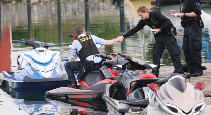 Vandscootere skal forbydes i offentlige havne og nær badestrande, mener Dansk Folkeparti, der vil have Danmark til at genindføre et totalforbud. Scanpix/Mathias Øgendal