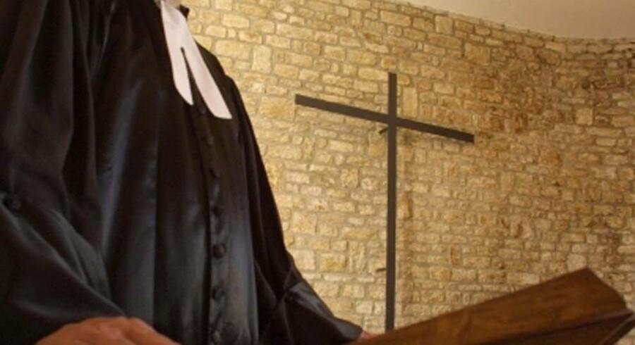 En 47-årig præst er blevet tiltalt for at have krænket 12 unge på forskellig vis.