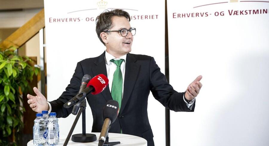 Brian Mikkelsen (K) fik overdraget Erhvervsministieriet af tidligere erhvervs- og vækstminister Troels Lund Poulsen (V) for en uge siden.