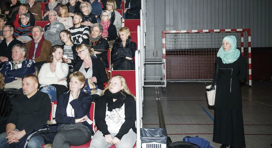 Informationsmøde i Kalundborg om det nye asylcenter 1.3.2016. (Foto: Ólafur Steinar Gestsson/Scanpix 2016)