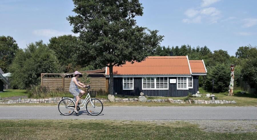 Der blev solgt over 800 sommerhuse i april, og ser man på årets første fire måneder, tegner det til at gå endnu stærkere end sidste år med handelsaktiviteten.