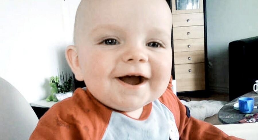 Christian blev kun 14 måneder. Han slugte et batteri, der aldrig blev opdaget af lægerne.