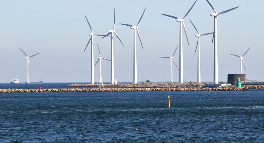 Såvel industrien som eksperter er enig med SF i, at en havvindmøllepark ved Kriegers Flak vil skabe tusinde arbejdspladser herhjemme, selv om de Konservatives politiske ordfører, Carina Christensen, afviste i går det. Vindmøllepark ved Langelinie, Københavns Havn.