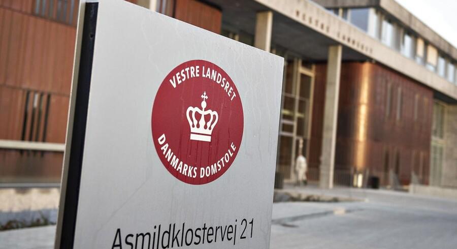 Vestre Landsret har torsdag stadfæstet byrets dom på fem et halvt års fængsel for voldsomt hjemmerøveri.