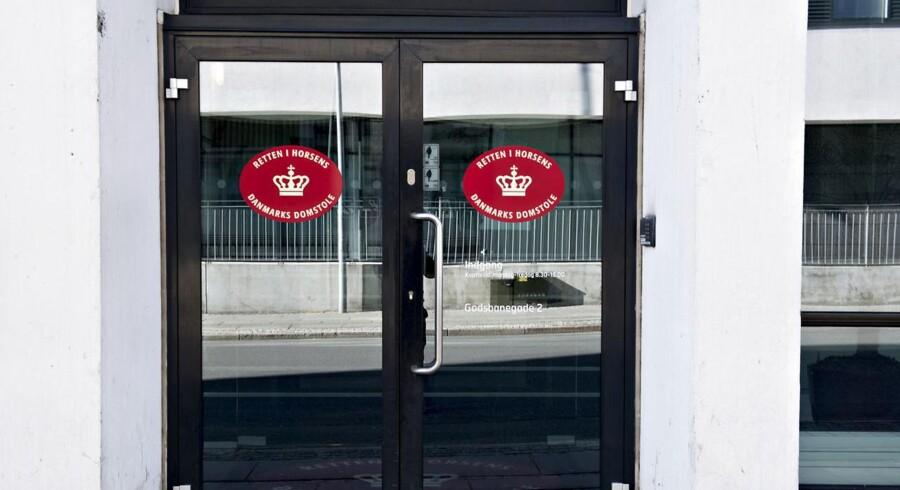 En dommer i Retten i Horsens har besluttet at fængsle den 17-årige i fire uger, oplyser Sydøstjyllands Politi.