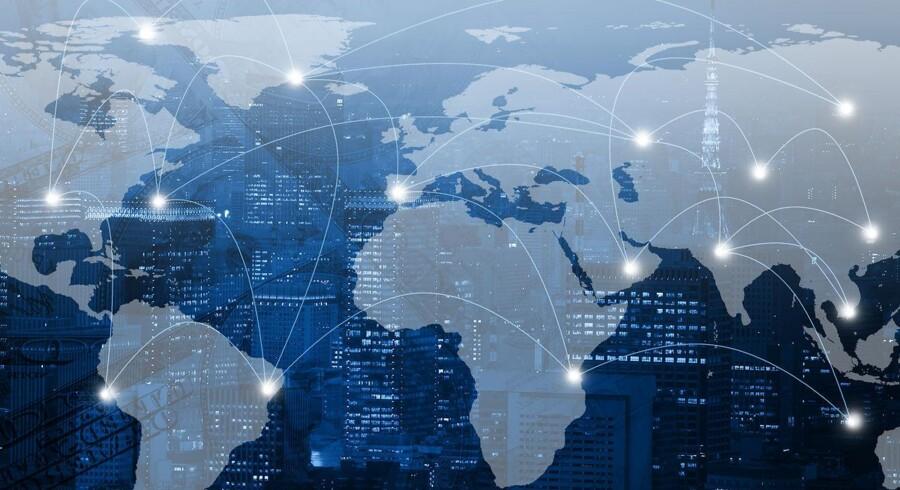 De globale aktiemarkeder er tilsyneladende igen i en begyndende stigning, men under overfladen lurer ifølge Jeppe Christiansen betydelige strukturelle risici.