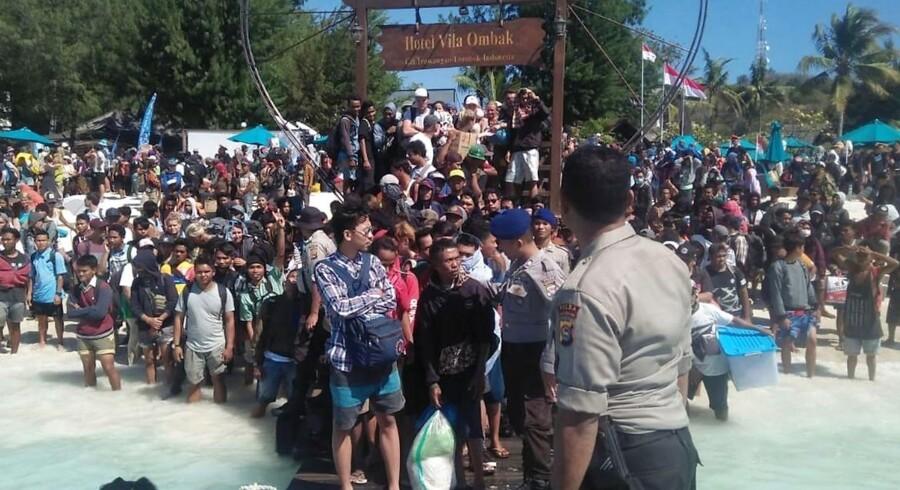 Havde Cathrine Mosegaard Hansen ventet et døgn med at tage de Indonesiens Gili-øer, havde hun stået blandt de 1.000 andre turister, som nu evakueres. I stedet blev hun fanget på midt under Lomboks andet jordskælv på under 14 dage.