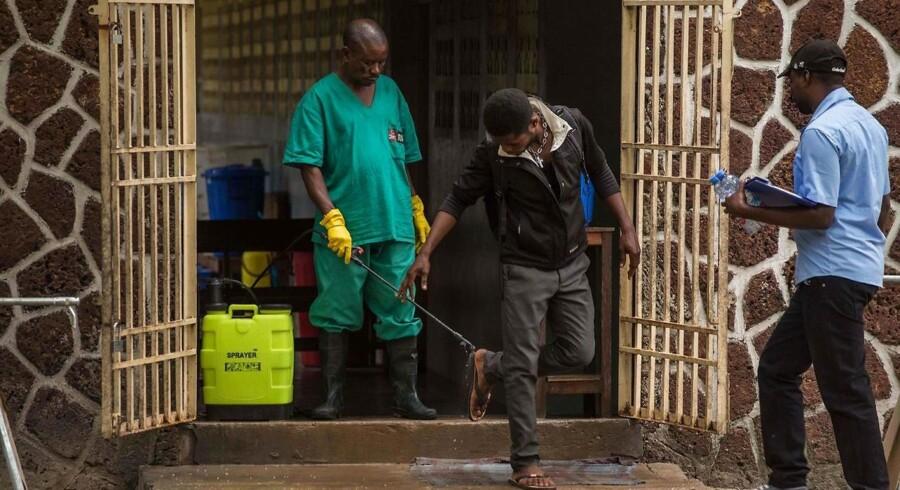 I DRCongo har sundhedsmyndighederne onsdag igen erklæret et udbrud af ebola. 20 er døde, og der er fire kendte tilfælde derudover. Det skriver Ritzau, torsdag den 2. august 2018.