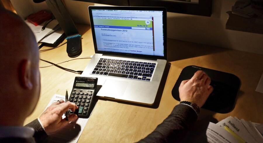 Skatte- og pensionsaftalen, som et flertal i Folketinget indgik i februar, udmønter sig nu i lidt ekstra i nettolønningsposen for mange danskere, når de kigger på lønsedlen for juli måned.