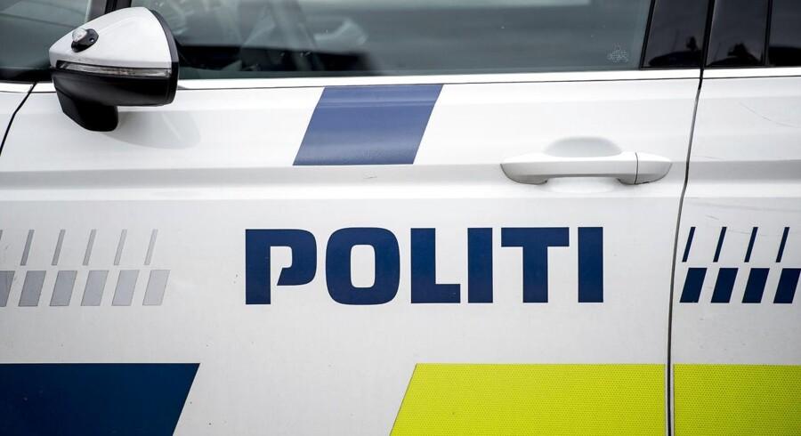 Politiet ved ikke, om en bjærget død person i vandet ved Amager Strand har været udsat for en forbrydelse.