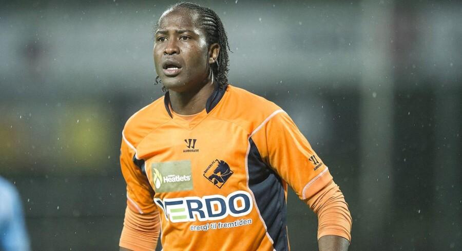 Djiby Fall kan allerede mandag aften få debut for Hobro, når klubben møder FC København på hjemmebane. Han starter på bænken, når kampen fløjtes i gang klokken 19.