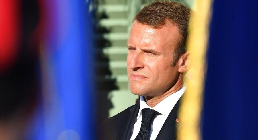 Macron aflægger Krudttønden et visit, når han i næste uge er på statsbesøg. Her skal der være en mindestund.