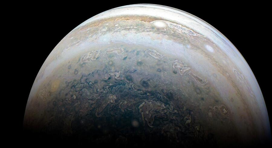 En gruppe astronomer har fundet 12 små måner omkring Jupiter. En af dem er på kollsionskurs. Handout/Arkiv/Reuters