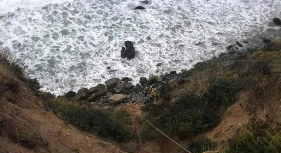 Det var for enden af denne klippeskrænt, at Angela Hernandez blev fundet. Social Media/Reuters