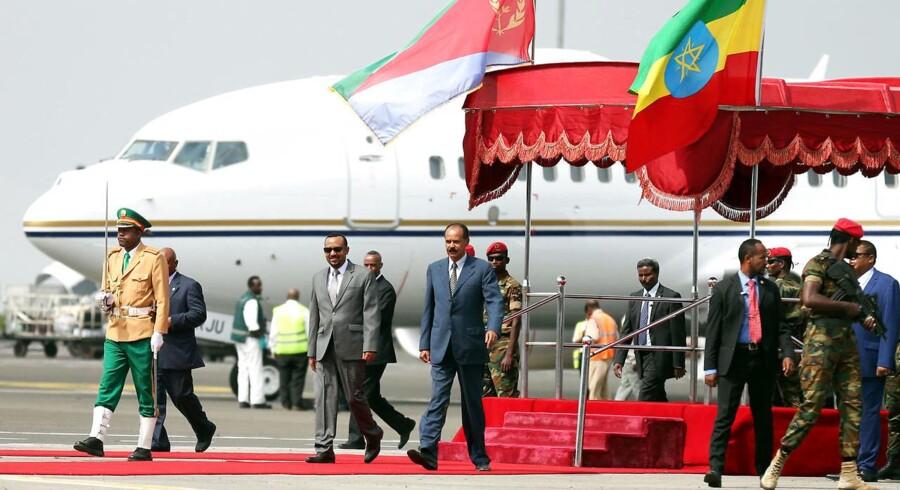 Det er første gang i 22 år, at Eritreas præsident besøger Etiopien.