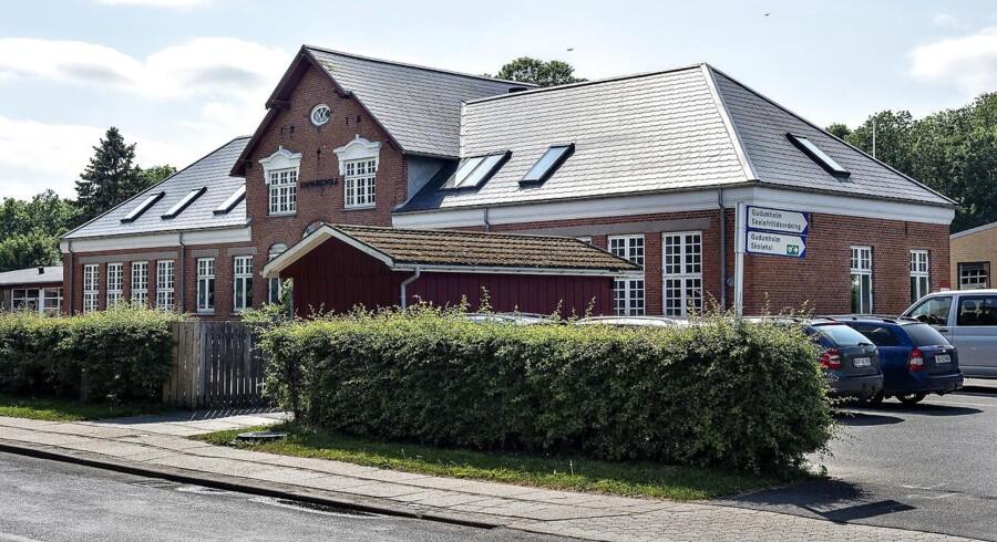 Gudumholm Skole sydøst for Aalborg, mandag 28. maj 2018. En tidligere lærervikar er nu dømt for at have udsat flere elever for vold, frihedsberøvelse og tvang.