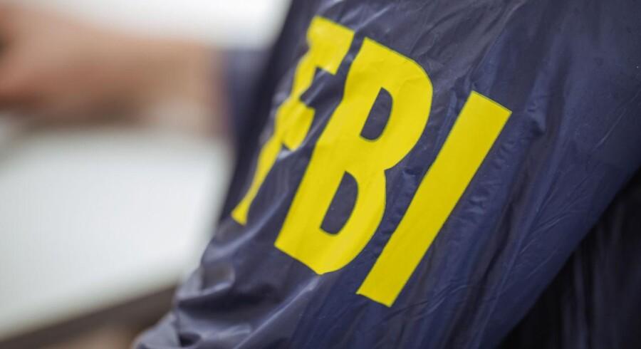 Det er ifølge myndighederne sket ved at hacke brugere på sociale medier, skriver det amerikanske justitsministerium i en pressemeddelelse.