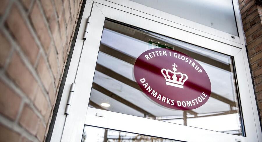 Retten i Glostrup har onsdag varetægtsfængslet en 37-årig mand for at have voldtaget en kvinde i Rødovre.