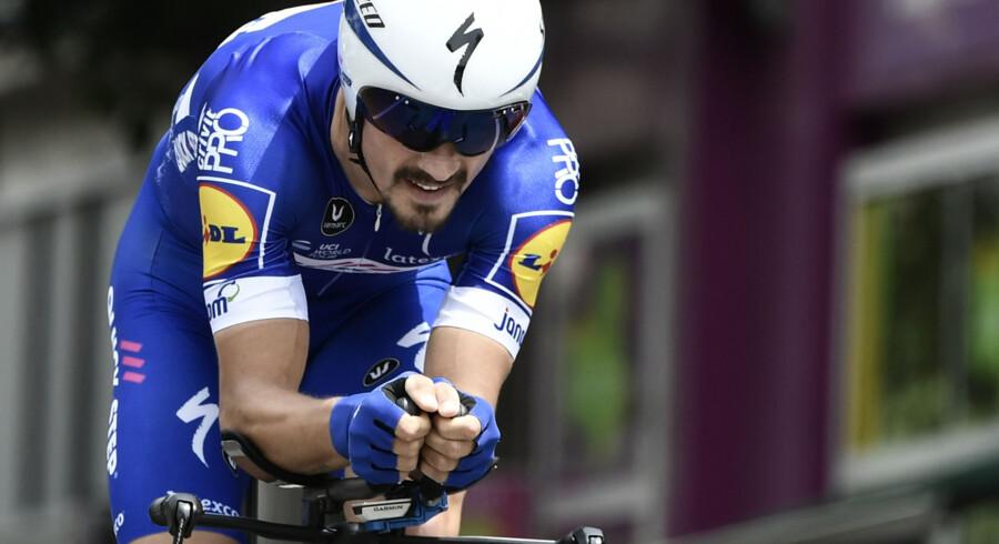 Julian Alaphilippe viste kølighed på afslutningen af torsdagens 4. etape, som Quick-Step-rytteren vandt. Philippe Lopez/Ritzau Scanpix
