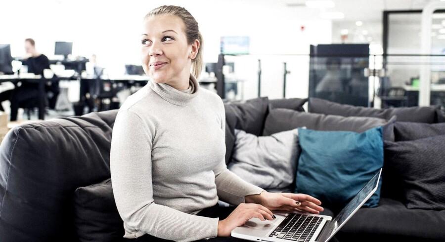 I modevirksomheden Boozt.com mener man, at kodning er et sprog, det er vigtigt at kunne tale. Virksomheden uddanner personale i flere uddannelsesmoduler, så medarbejderne stifter bekendskab med de digitale værktøjer. Berlingske har mødt Sini Berggrén, der deltog i den første del af uddannelsen.